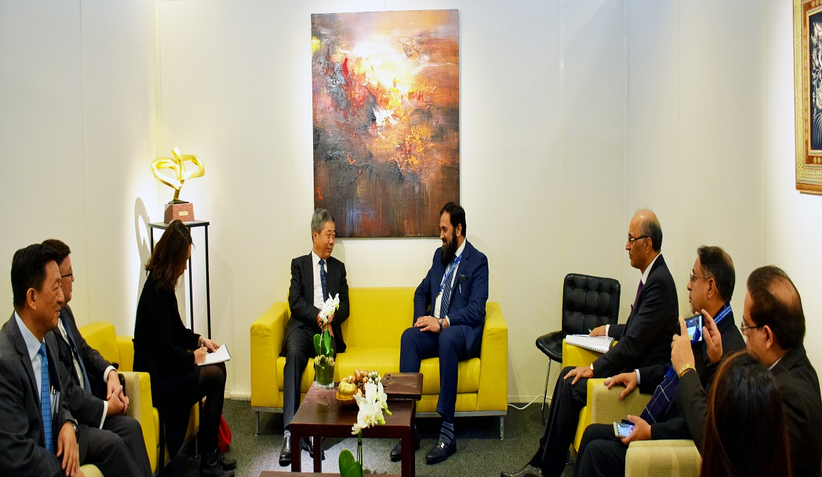 Pakistan China agreed to enhance ties in the education sector Paris (Azad Dunya news) Muhammad Baligh ur Rehman the Federal Minister for National Education and Mr. CHEN Basheng, Minister of Education, China has agreed in principle to increase collaboration between their two Ministers to further strengthen existing ties in the field of education. Both ministers who met on the sidelines of the 39th Session of UNESCO General Conference in Paris today also highlighted the importance of students and faculties exchanges to further consolidate the economic, social and cultural ties between the two countries. The meeting was also attended by the Ambassador of Pakistan and Permanent Delegate of Pakistan to UNESCO Mr. Moin ul Haque and Chinese Ambassador to France Mr. Yang Shen and other members of the two delegations.